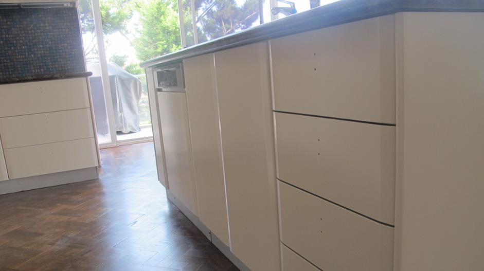 Resurfacing Sydney Kitchen Cabinets Resurfacing - Mosman ...